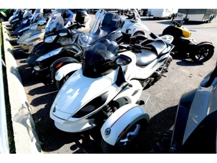 2011 Can-Am Spyder  RS-S Photo 1 of 9