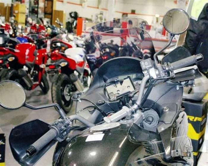2010 Honda Varadero Photo 2 of 6
