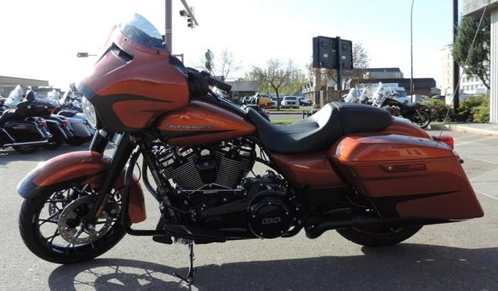 2020 Harley-Davidson FLHXS - Street Glide® Special Photo 5 of 8