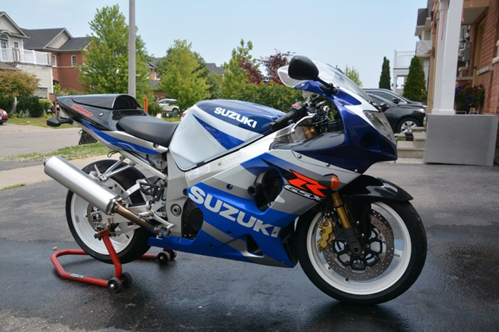 2002 Suzuki GSXR Photo 1 of 7
