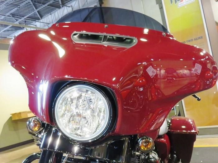 2020 Harley-Davidson FLHXS - Street Glide® Special Photo 9 of 13