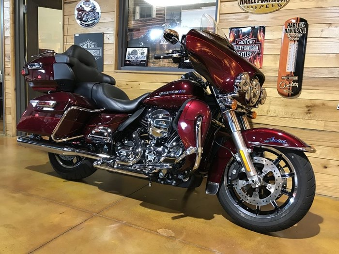 2016 Harley-Davidson FLHTK - Ultra Limited Photo 2 of 9