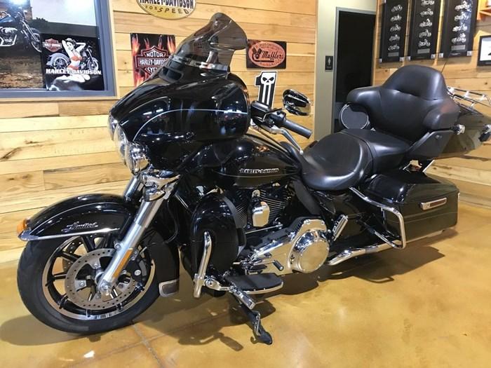 2015 Harley-Davidson FLHTKL - Ultra Limited Low Photo 7 sur 7