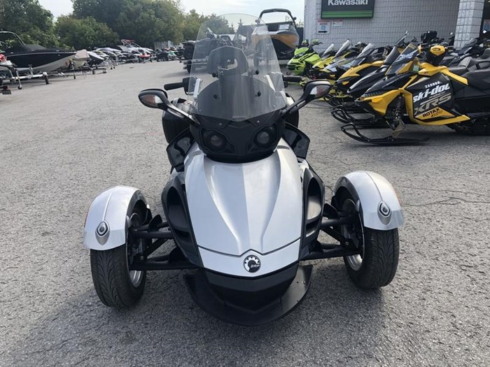 2009 Can-Am Spyder GS-SE5 Photo 2 of 8