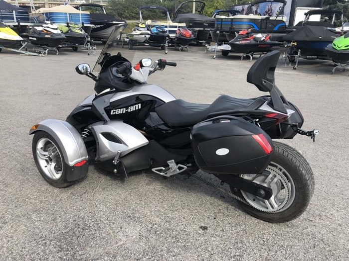 2009 Can-Am Spyder GS-SE5 Photo 4 of 8