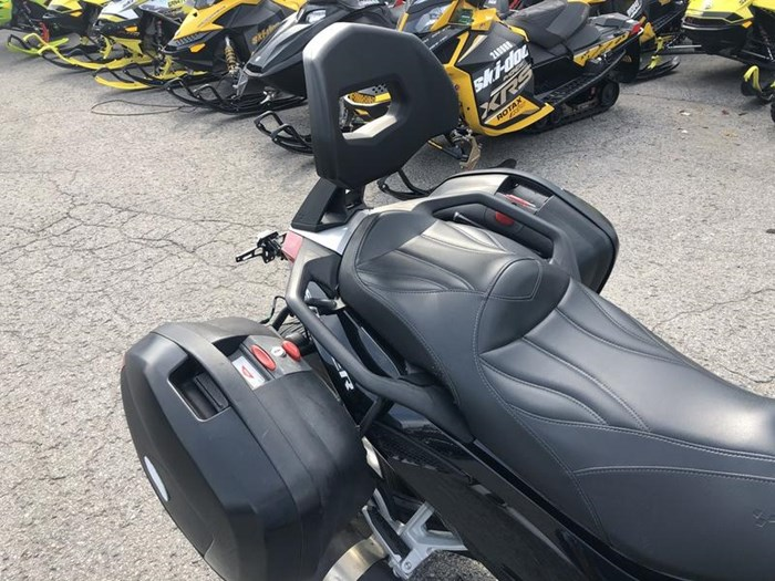 2009 Can-Am Spyder GS-SE5 Photo 7 of 8