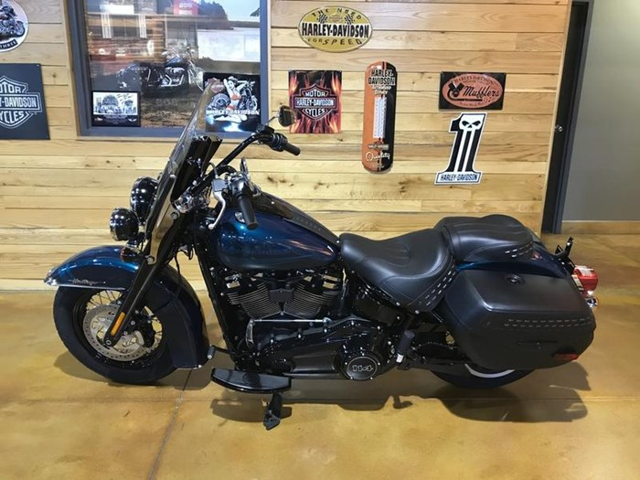 2020 Harley-Davidson FLHCS - Softail® Heritage Classic 114 Photo 4 of 7