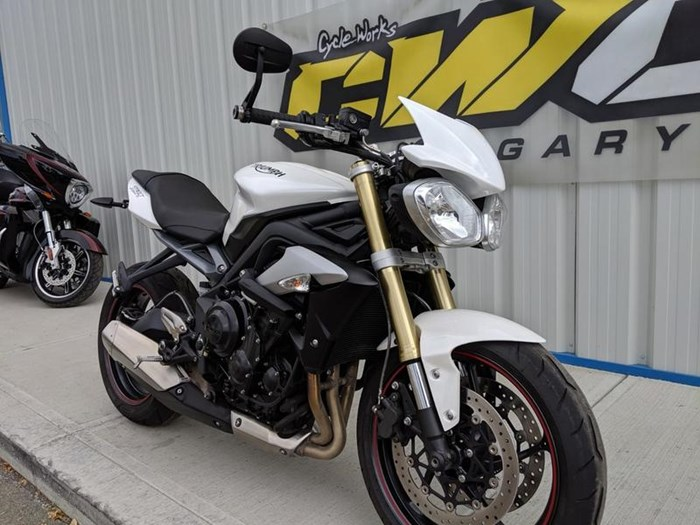 2016 Triumph Street Triple ABS Photo 1 of 12