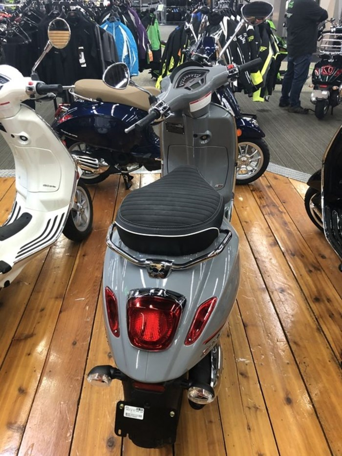 2020 Vespa Sprint 50 iGet Sport ABS Photo 3 of 3