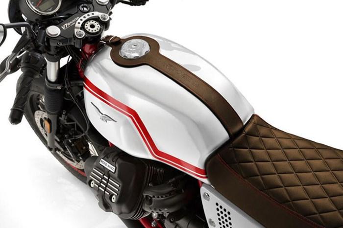 2020 Moto Guzzi V7 III Racer LE Photo 3 sur 3