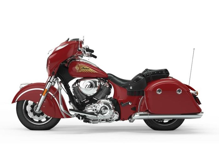 2019 Indian Motorcycle® Chieftain® Classic Icon Series Patriot R Photo 2 of 8