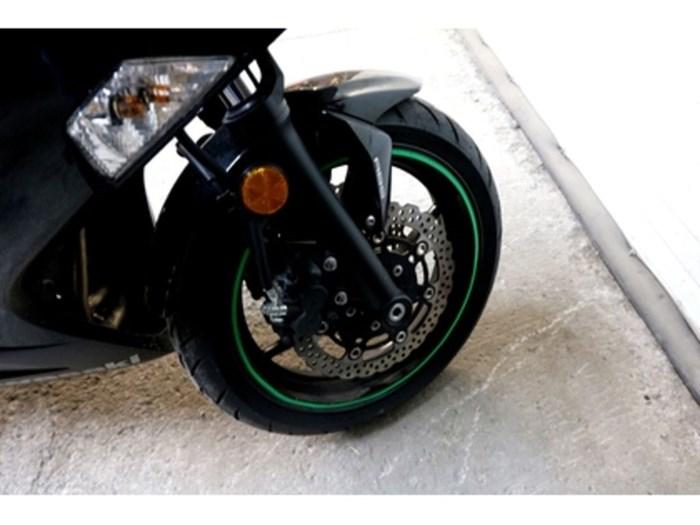 2015 Kawasaki Ninja® 650 ABS Photo 6 sur 8