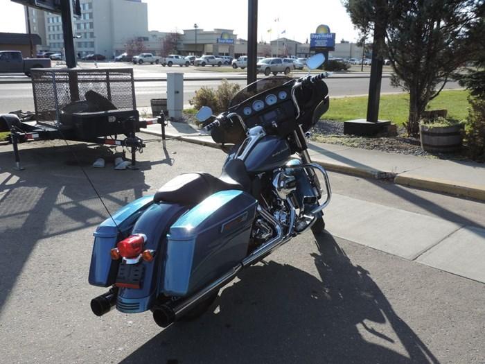 2014 Harley-Davidson FLHX - Street Glide® Photo 2 of 8