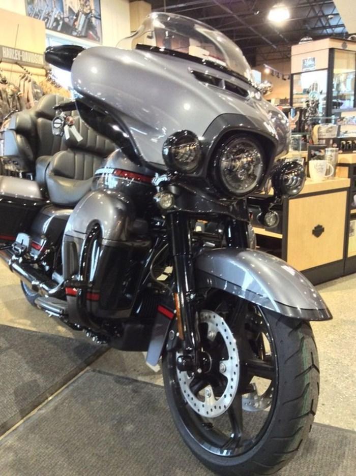 2020 Harley-Davidson FLHTKSE - CVO™ Limited Photo 6 of 12