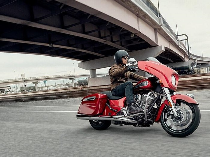 2019 Indian Motorcycle® Chieftain® Limited Ruby Metallic Photo 8 of 8