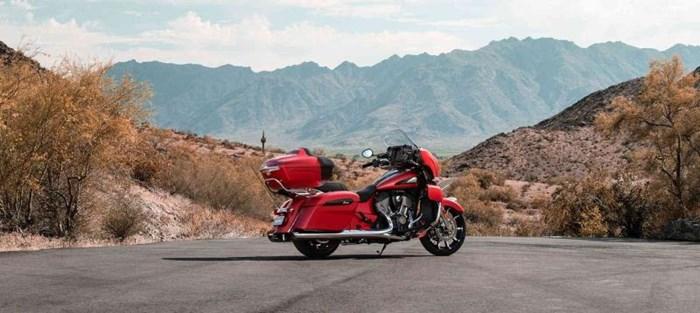 2020 INDIAN Roadmaster Dark Horse - Ruby Smoke Photo 6 sur 8