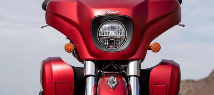 2020 INDIAN Roadmaster Dark Horse - Ruby Smoke Photo 8 sur 8