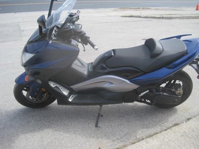2009 Yamaha T-Max 500 Photo 6 of 6