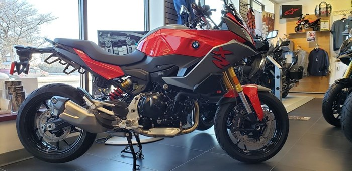 2020 BMW F 900 XR Racing Red Photo 2 of 12