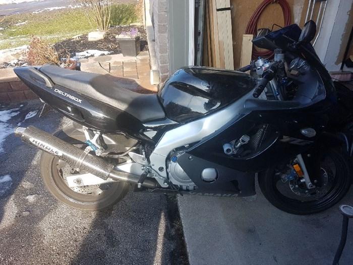 2001 Yamaha YZF Photo 3 of 6