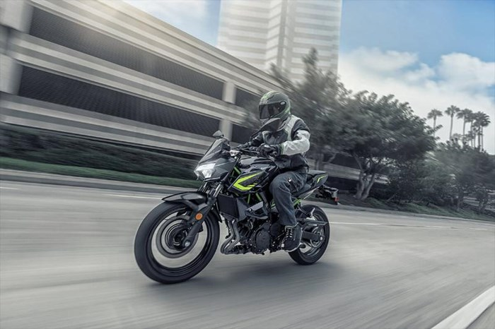 2020 Kawasaki Z400 ABS - GRIS/ NOIR Photo 4 of 6