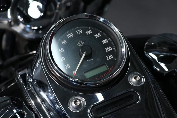 2012 Harley-Davidson FXDWG Dyna Wide Glide Photo 7 of 13