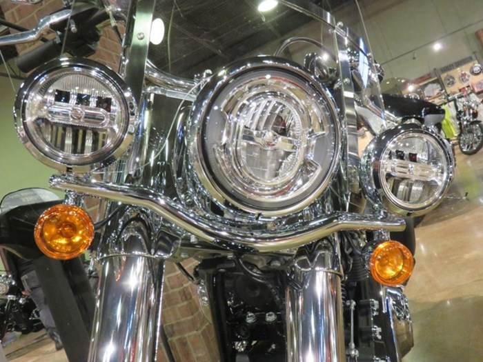 2020 Harley-Davidson FLHC - Softail® Heritage Classic Photo 6 sur 9