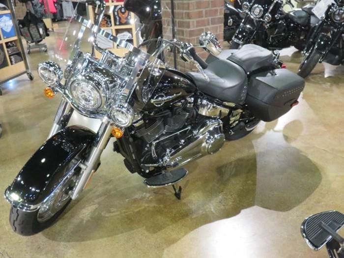 2020 Harley-Davidson FLHC - Softail® Heritage Classic Photo 8 sur 9