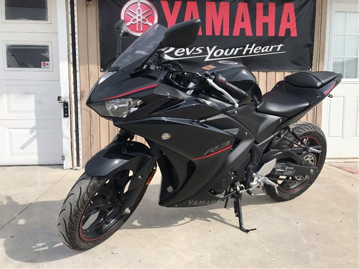 2018 Yamaha YZF-R3 ABS Photo 1 of 10