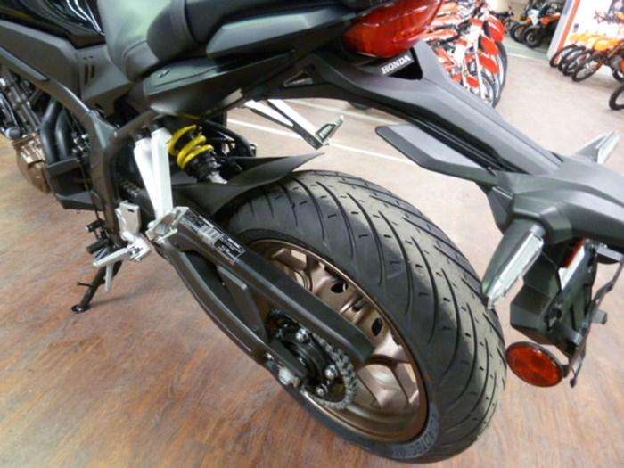 2020 Honda CB650R Photo 5 of 7