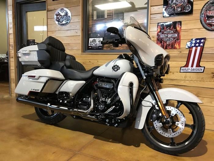 2020 Harley-Davidson FLHTKSE - CVO™ Limited Photo 2 sur 7