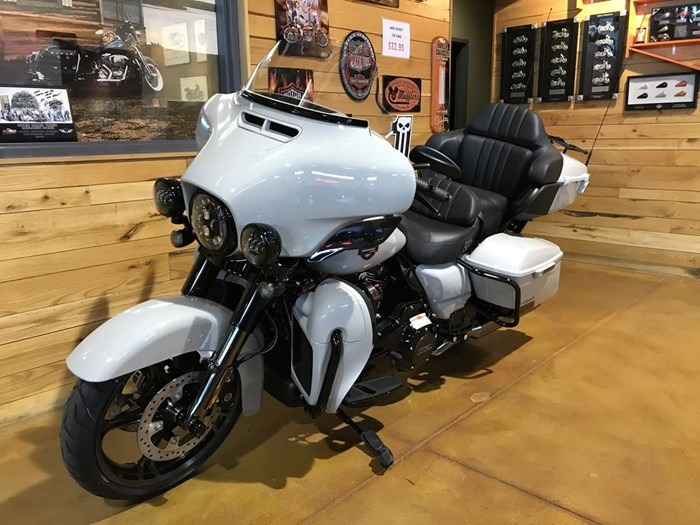 2020 Harley-Davidson FLHTKSE - CVO™ Limited Photo 4 sur 7