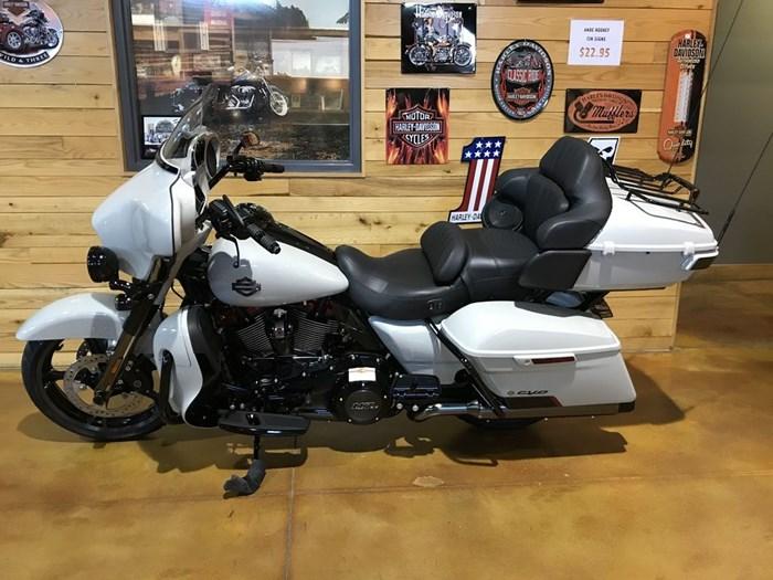 2020 Harley-Davidson FLHTKSE - CVO™ Limited Photo 5 sur 7