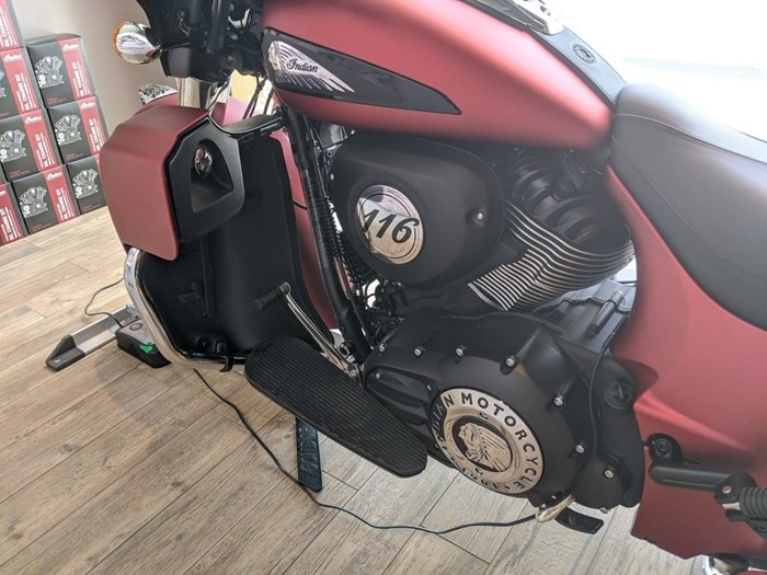 2020 Indian Motorcycle® Roadmaster® Dark Horse® Ruby Smoke Photo 10 of 13