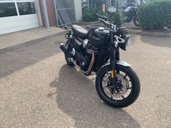 2020 Triumph Speed Twin 1200 Jet Black Photo 1 of 7