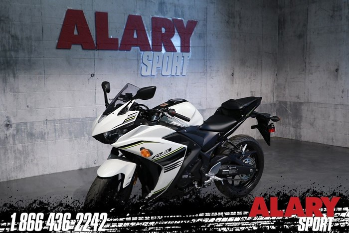 2017 Yamaha YZF-R3 ABS Photo 1 of 13