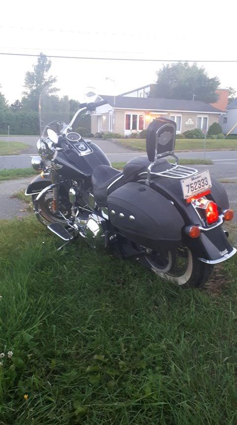 2005 Harley-Davidson Softail Deluxe Photo 6 sur 6