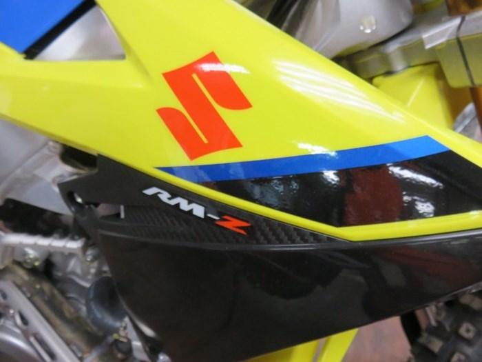2020 Suzuki RM-Z450 Photo 2 of 9