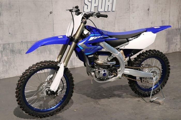 2020 Yamaha YZ450F Photo 2 of 12