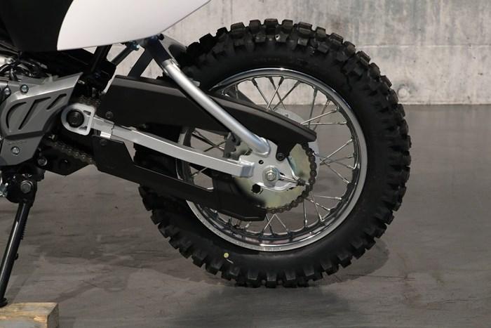 2021 Yamaha TT-R110E Photo 8 of 12