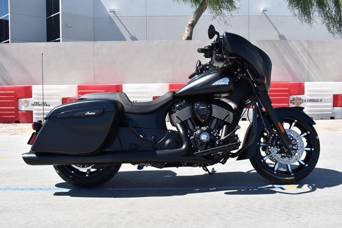 2021 Indian Motorcycle® Chieftain® Dark Horse® Thunder Black Smo Photo 1 of 11