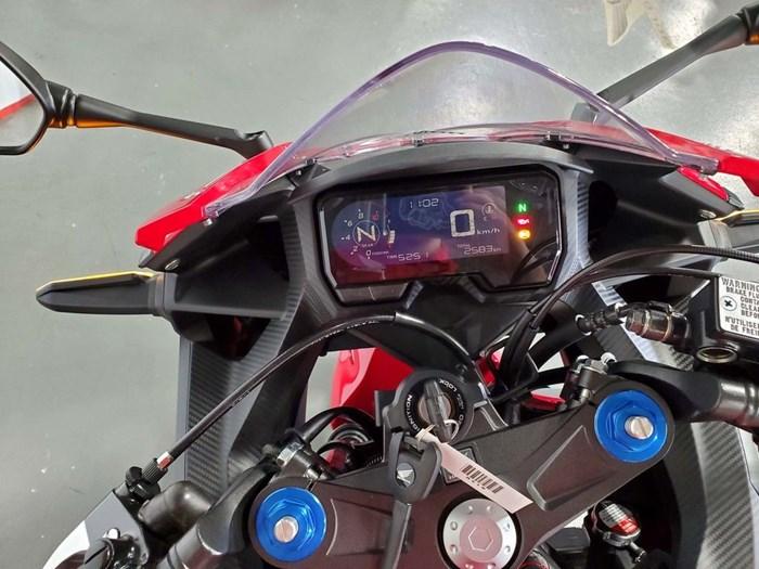 2019 Honda CBR500R ABS Photo 8 of 8