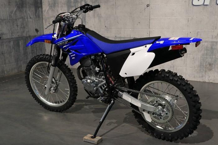 2021 Yamaha TT-R230 Photo 4 of 12