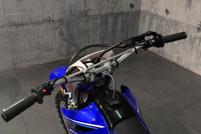 2021 Yamaha TT-R230 Photo 6 of 12