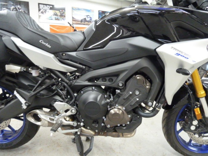 2019 Yamaha Tracer 900 GT Photo 7 of 9