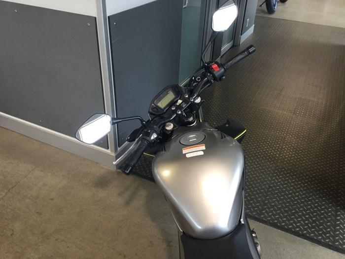 2017 Honda CB300F Photo 5 of 5