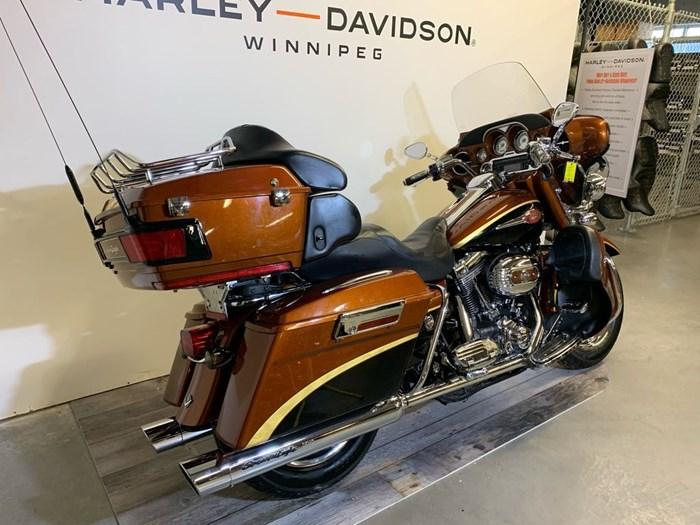 2008 Harley-Davidson FLHTCUSE3- Screamin' Eagle Ultra Classic Photo 3 of 14