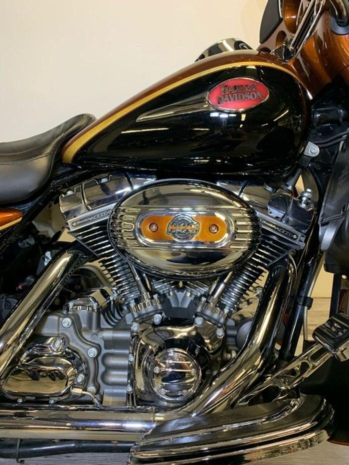 2008 Harley-Davidson FLHTCUSE3- Screamin' Eagle Ultra Classic Photo 6 of 14
