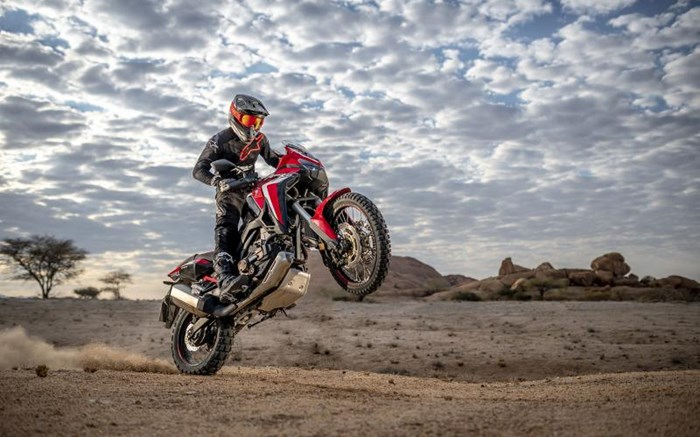 2020 Honda AFRICA TWIN (DCT) - ROUGE Photo 3 of 11