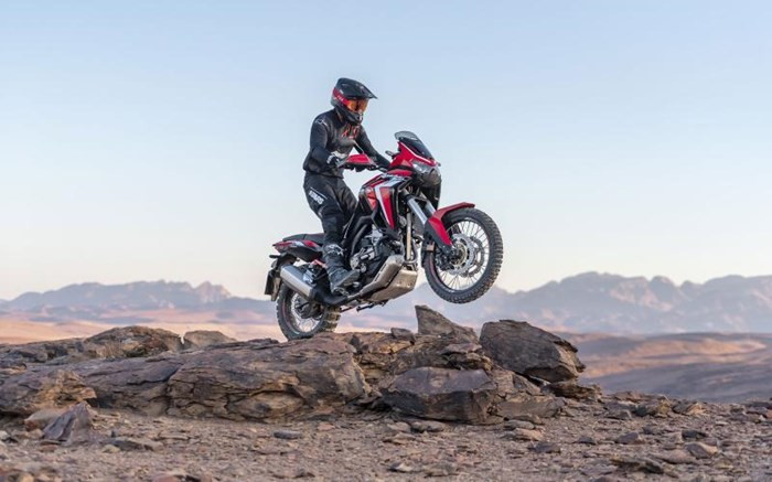 2020 Honda AFRICA TWIN (DCT) - ROUGE Photo 4 of 11